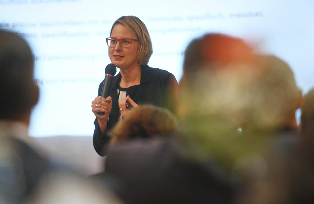 Anja Kayser Vortrag bei der Wirtschaftsregion Offenburg-Ortenau
